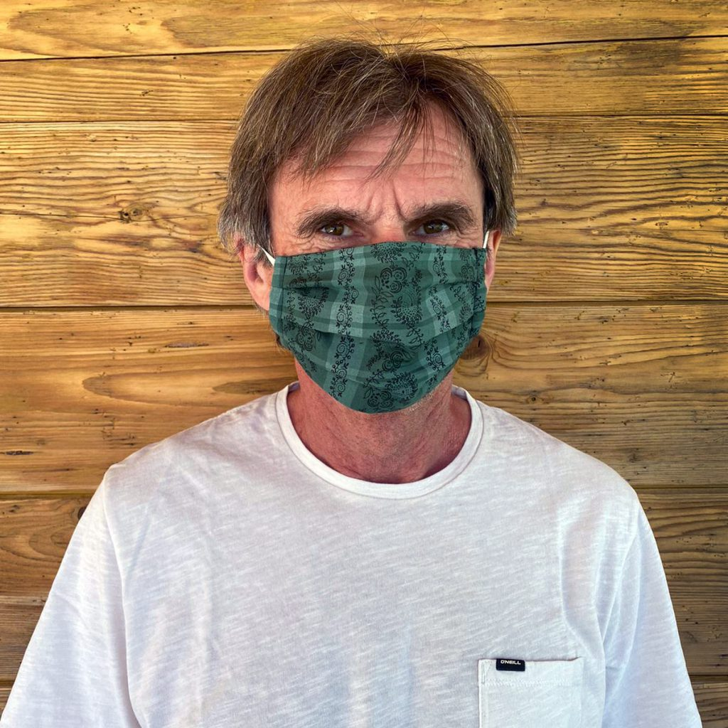 Kleidermacherin Maskenpflicht Godl 1024x1024 - Ein Monat Maskenpflicht in Österreich